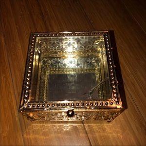 5/$25 Cynthia rowley mirror jewelry glass box